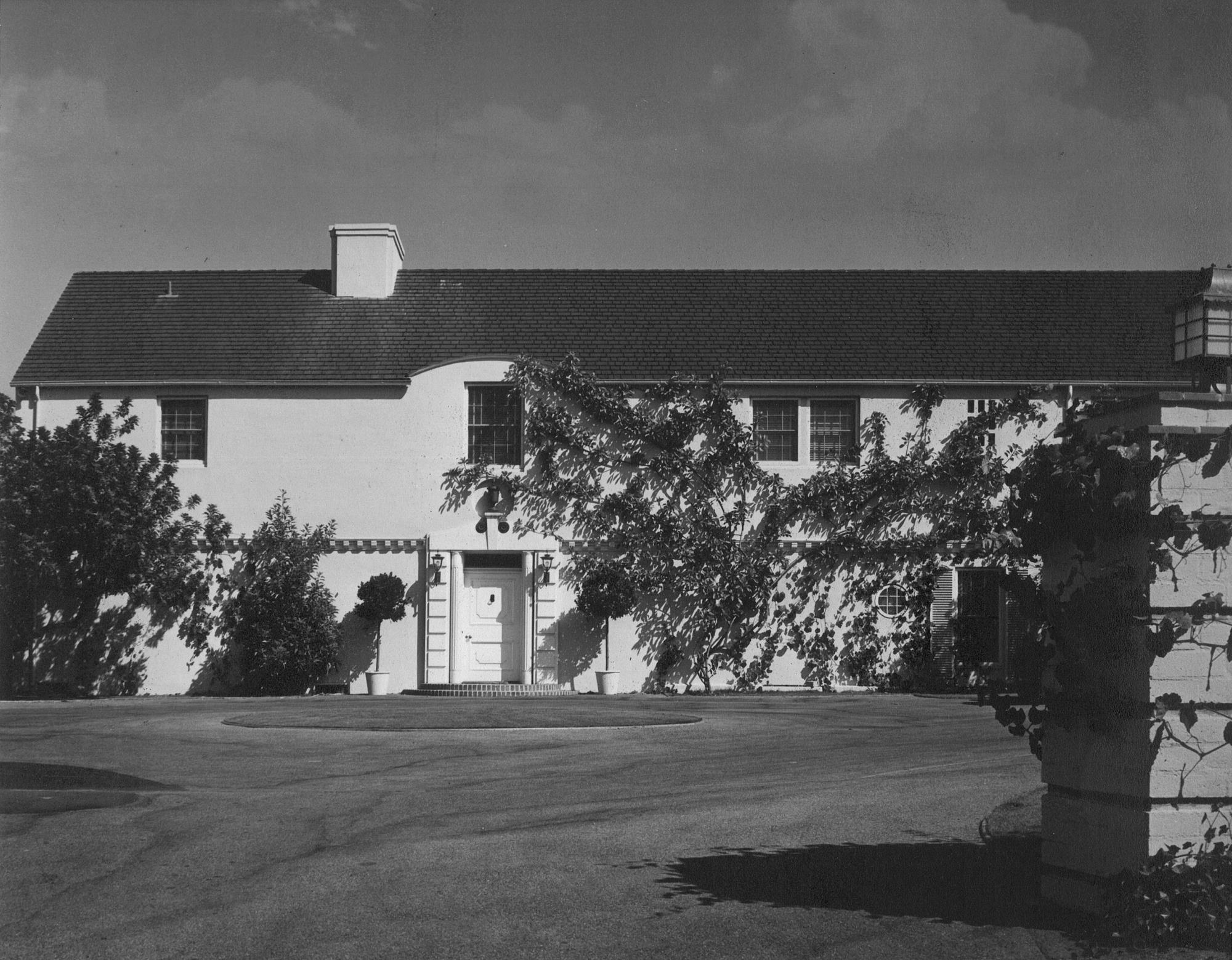 Wilkerson House_1938 Exterior 03_Grayscale